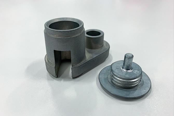 幅広い金属加工に対応しています。